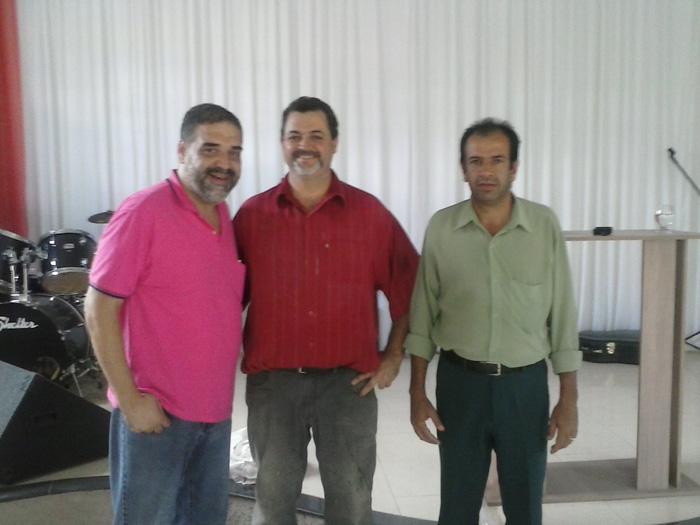 VisitaaopastorRoberto-EloiMendesMG